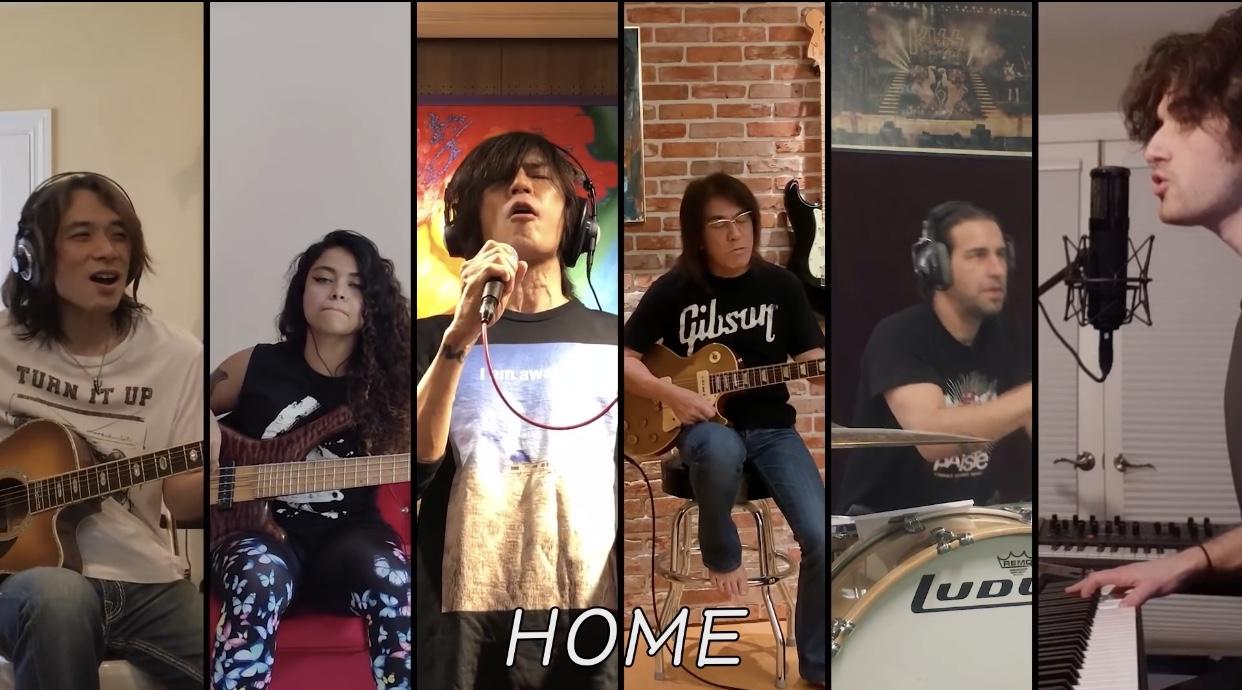 B'z「HOME」を演奏するバンドメンバーの画像