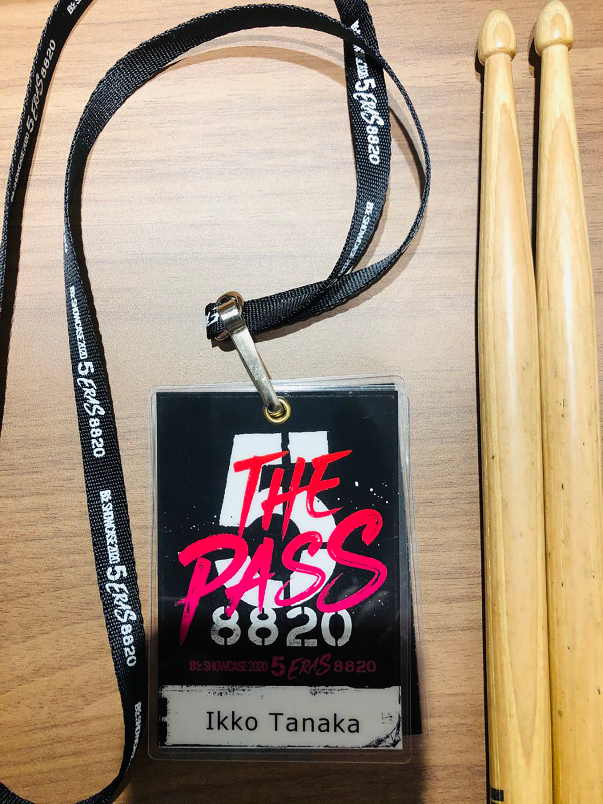 ドラムス・田中一光のTwitterで公開された『B'z SHOWCASE 2020 -5 ERAS 8820- Day1~5』のパス写真