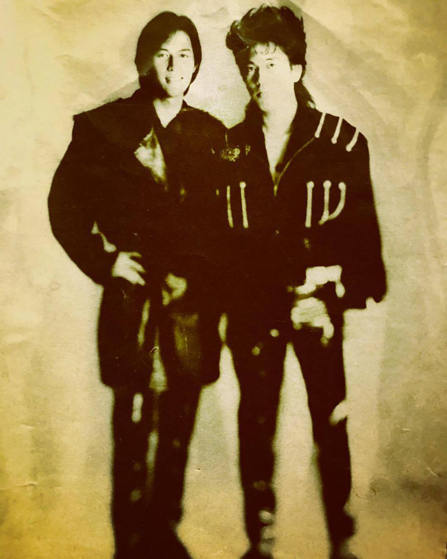 B'zのデビュー当時、1988年頃の写真