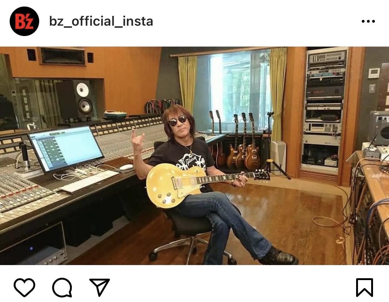 B'z公式SNSで公開された松本孝弘のソロ写真