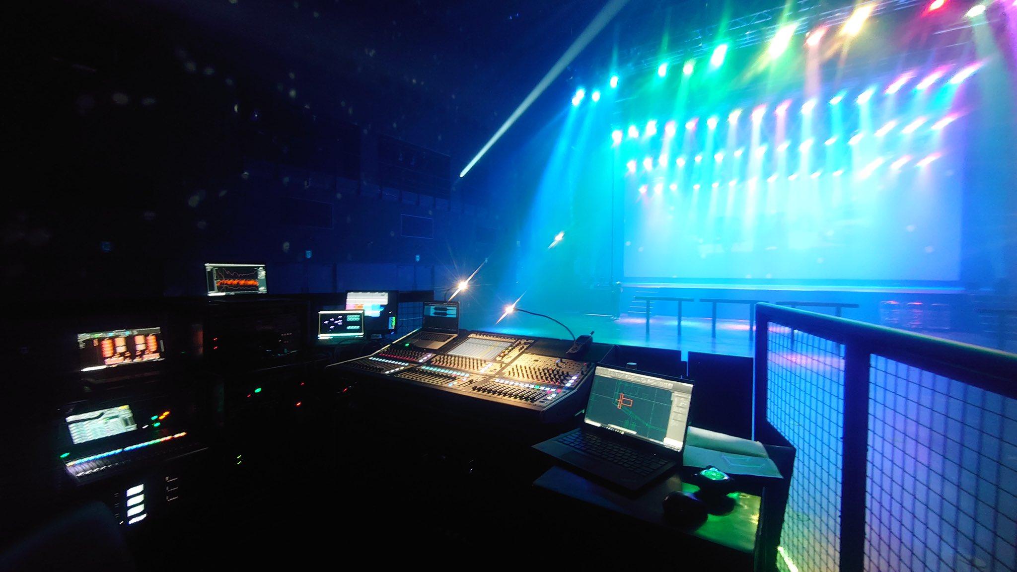 B'zが無観客配信ライブ『B'z SHOWCASE 2020 -5 ERAS 8820- Day1~5』を行ったZepp Haneda(TOKYO)の内観写真
