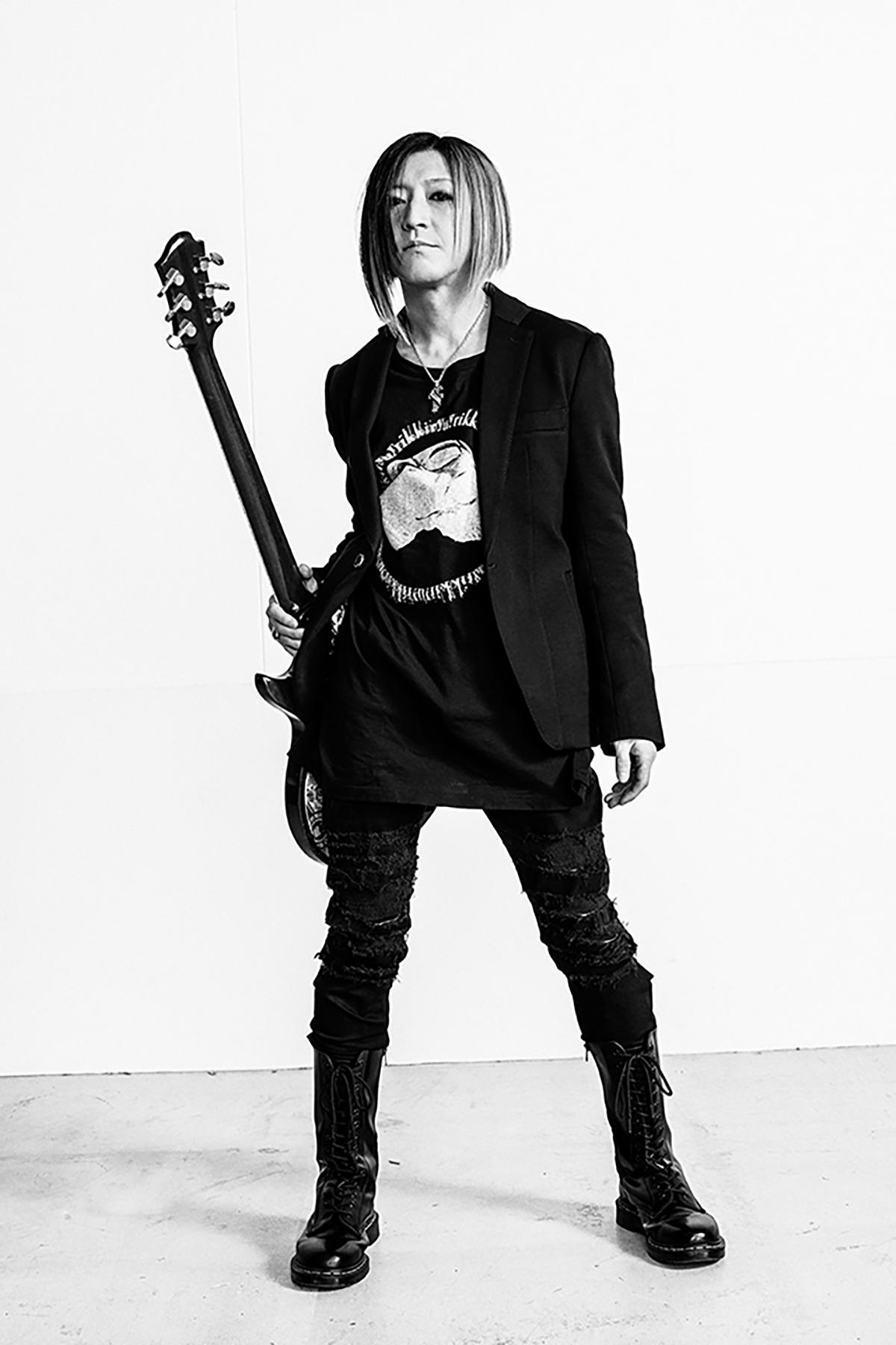B'zをリスペクトしているGLAYのギタリスト・HISASHIの画像